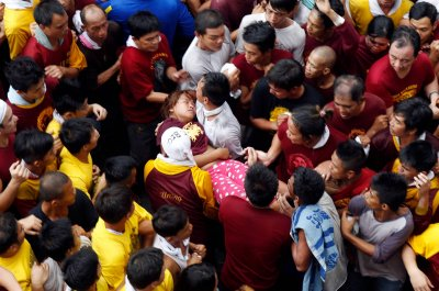 Black Nazarene faint