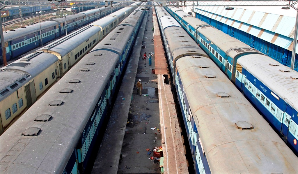 Train Carriages in New Delhi