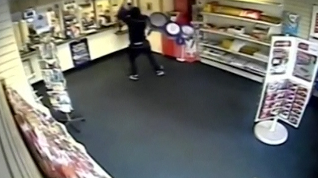 Man Goes to Extreme Lengths to Rob a Post Office