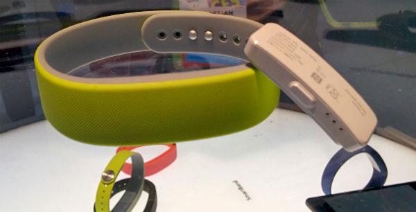Sony SmartBand Fitness Tracker