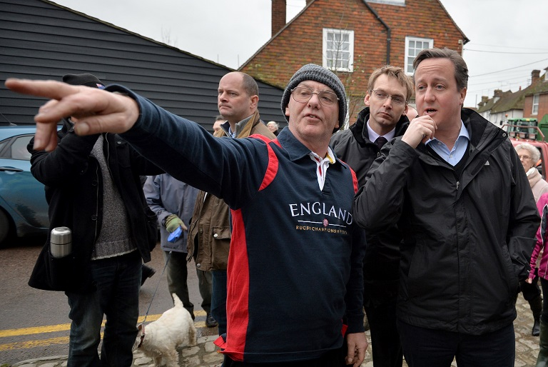 PM David Cameron visits residents in Yalding
