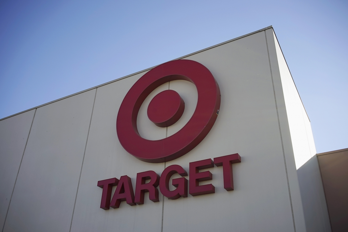Following Target and Sony attacks Obama calls for 30-day mandatory reporting