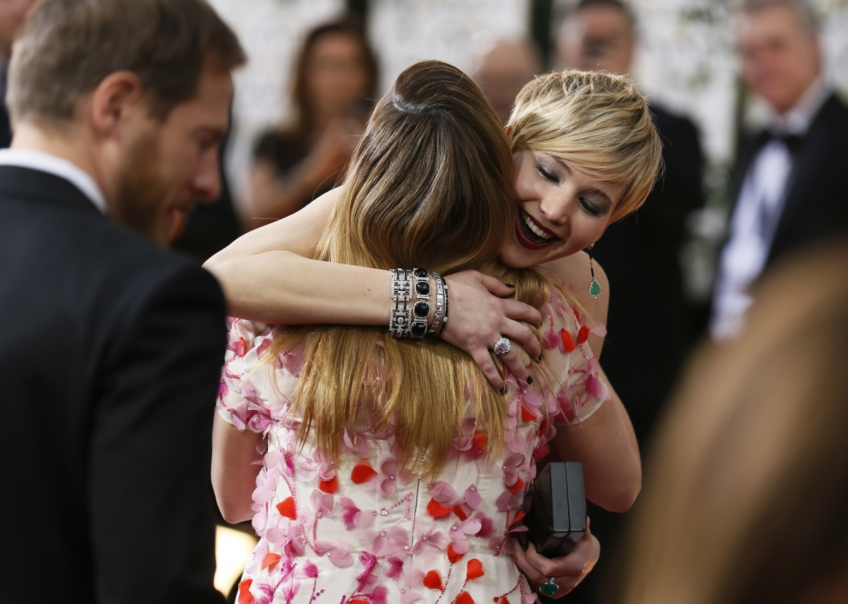 Golden Globes 2014 winner: Jennifer Lawrence looks like she gives a good hug