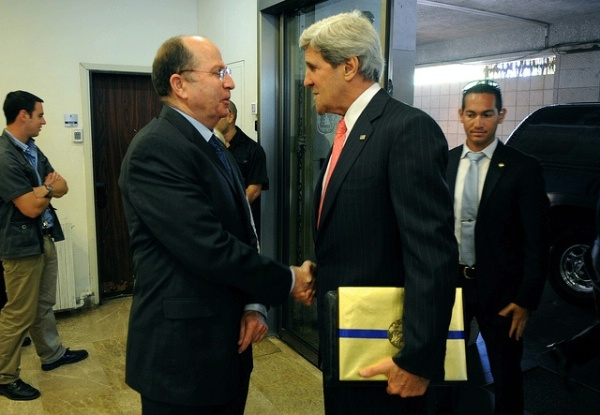 John Kerry and Moshe Yaalon