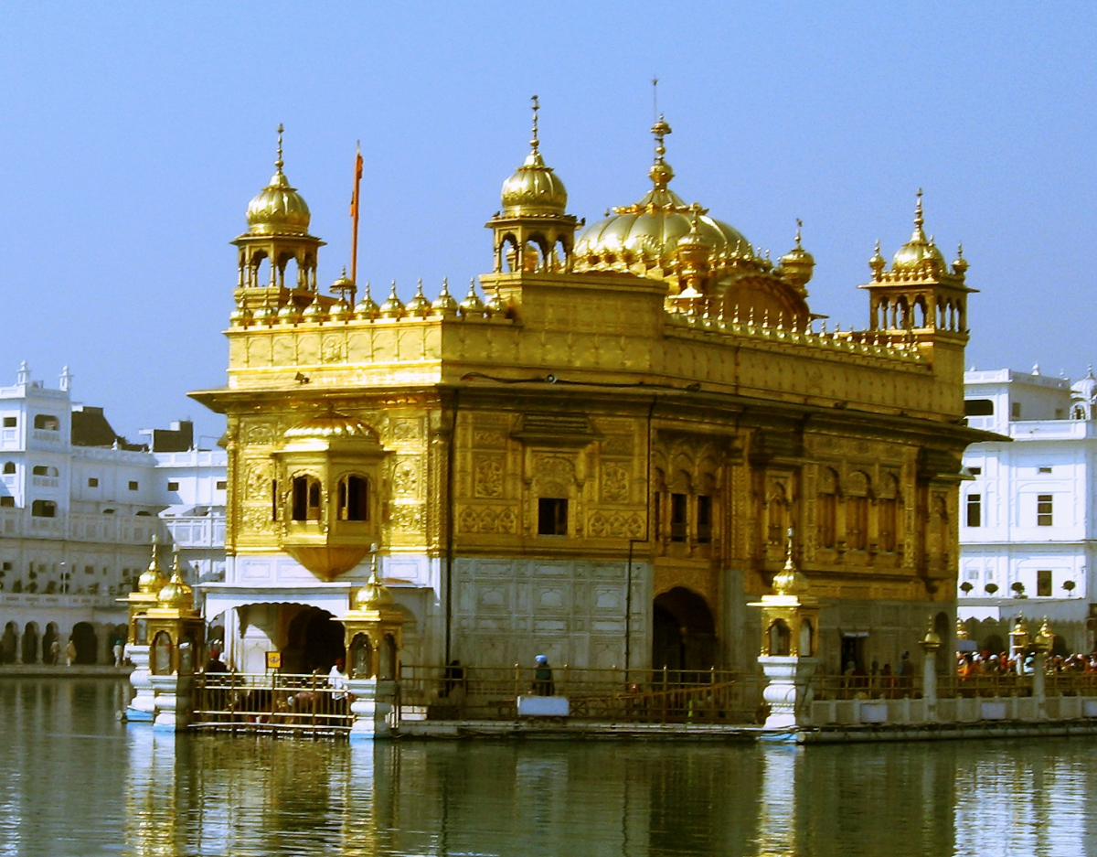 sikh golden temple raid: uk investigates sas link to 1984 amritsar