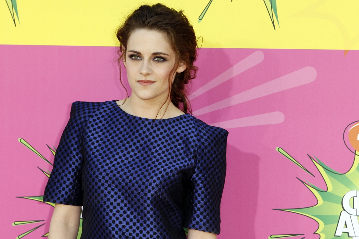 Kristen Stewart wants to do an action comedy with Demi Moore.