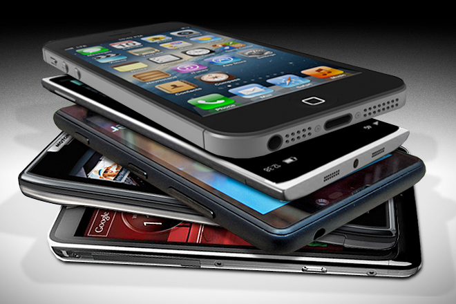 iPhone or Android: Which Smartphone Should You Buy?