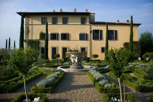Sting villa tuscany
