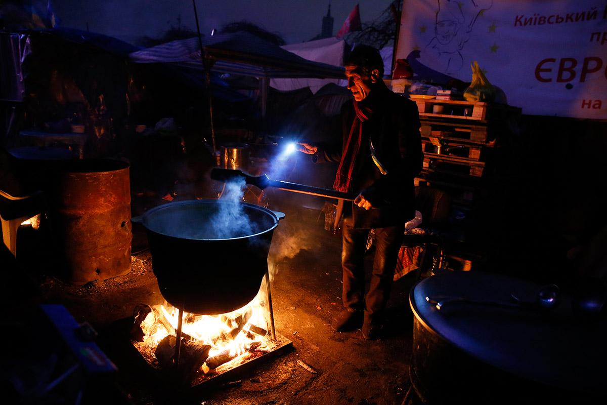 ukraine camp cooking