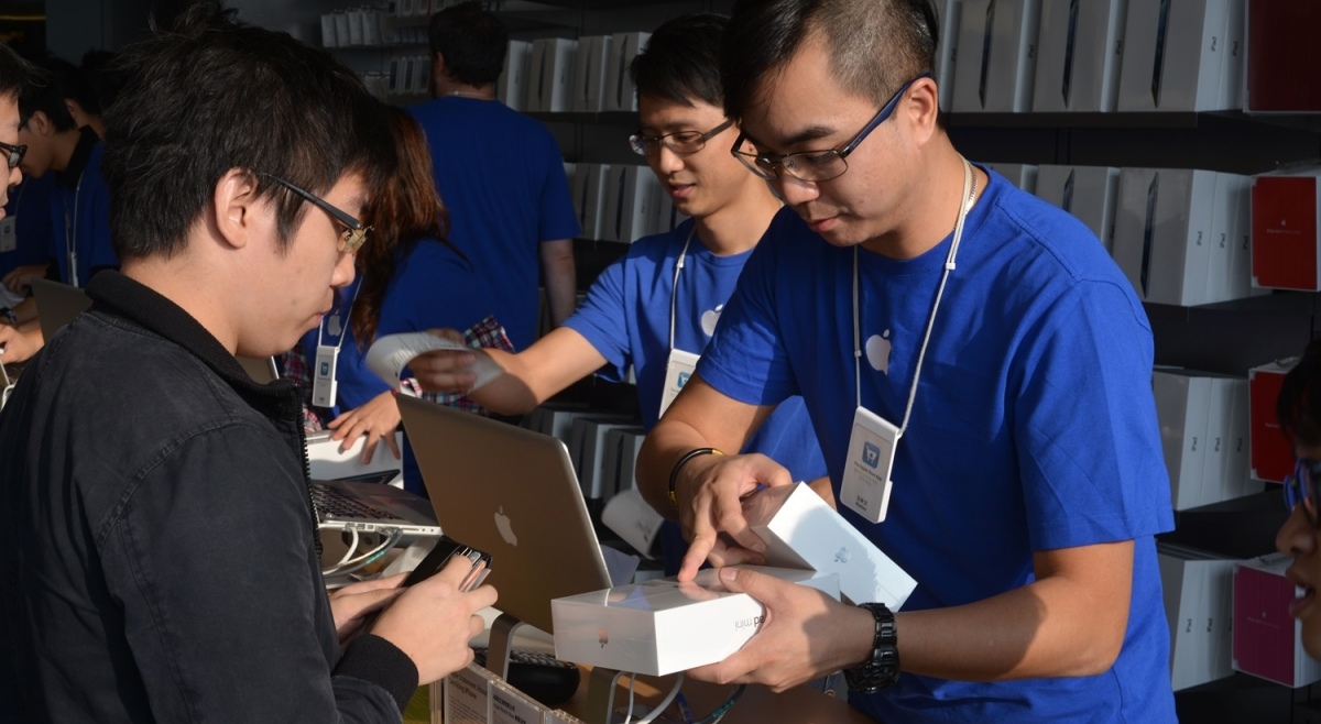 Apple iPhone Launches on China Mobile Network