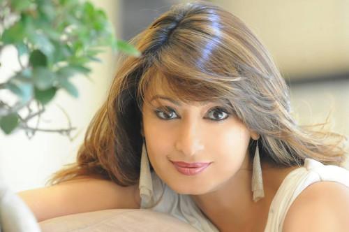 Sunanda Pushar, wife of Indian politician Shashi Tharoor, found dead