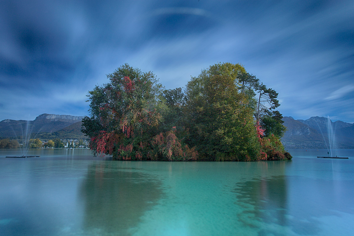 Richard Dyson And So it ends, Lake Annecy France