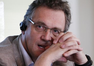 Jerome Valcke of FIFA has warned Brazil World Cup organisers about the Arena da Baixada, in Curitiba