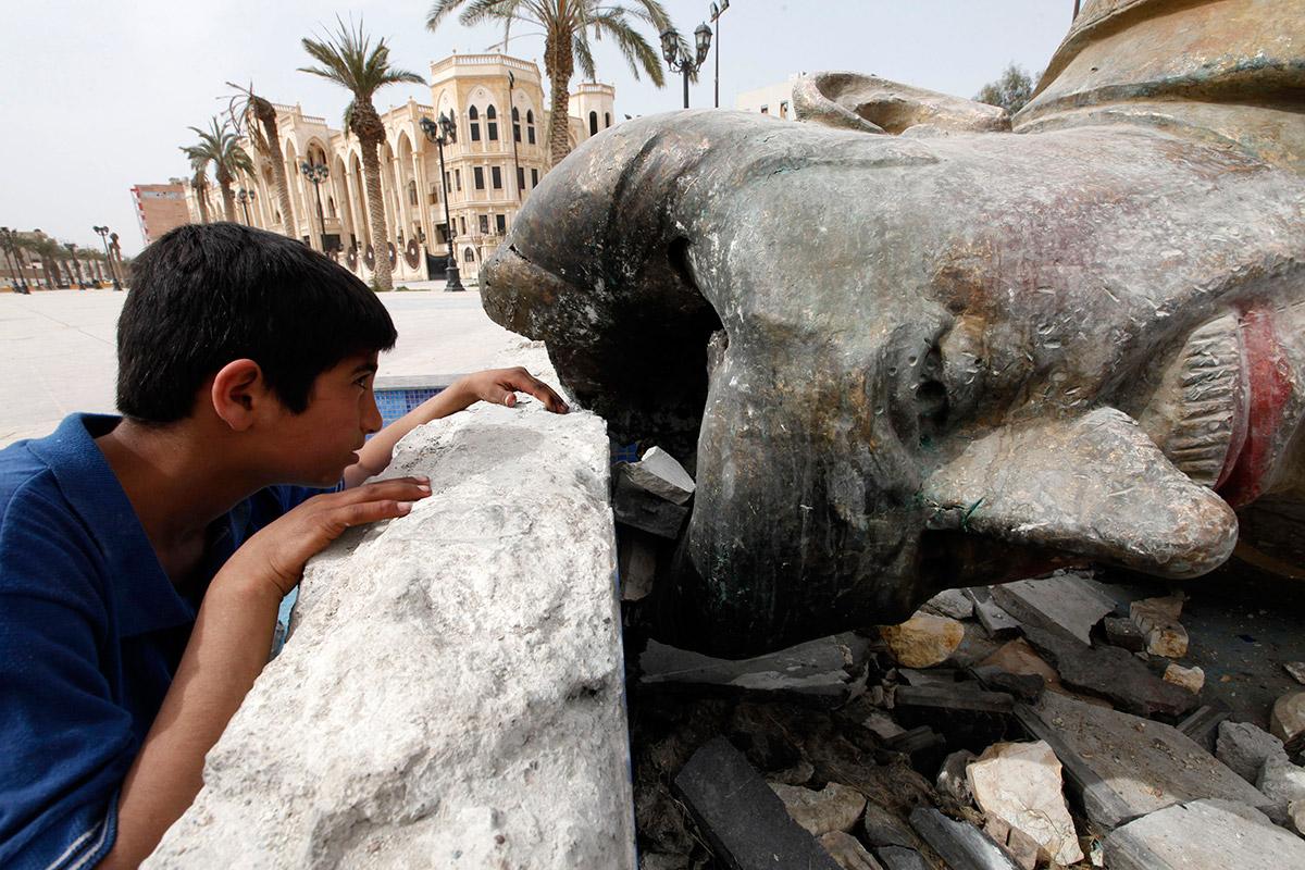 syria statue