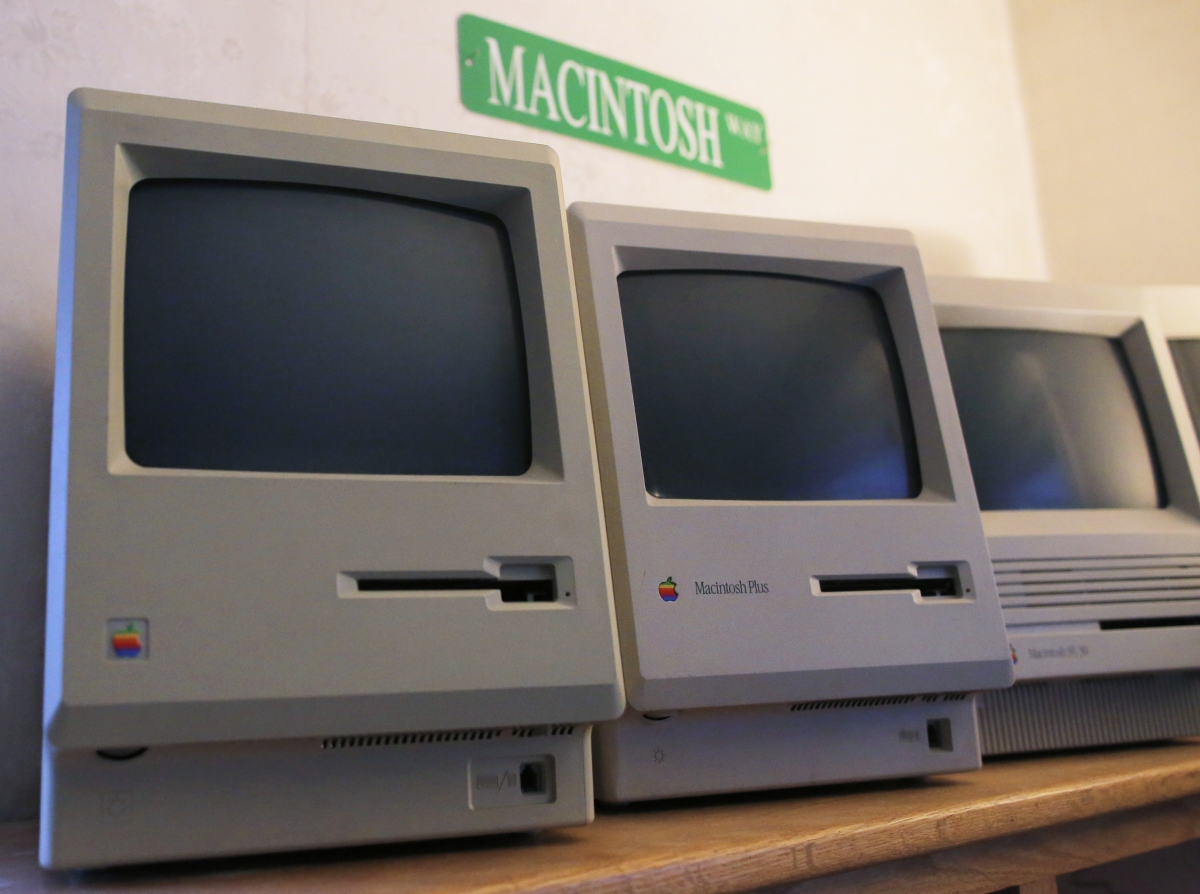 1984 Macintosh 128k