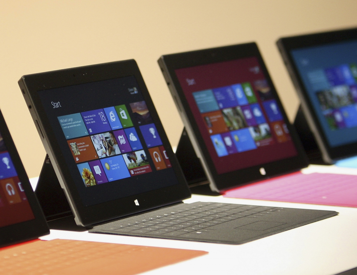 Microsoft surface mini to be unveiled at 20 may event for Surface mini bureau