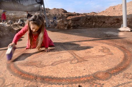 A major church, about 1,500 years old, with a magnificent mosaic has been found in Israel.