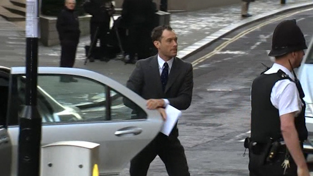 Jude Law Speaks of Press Hounding at Phone-Hacking Trial
