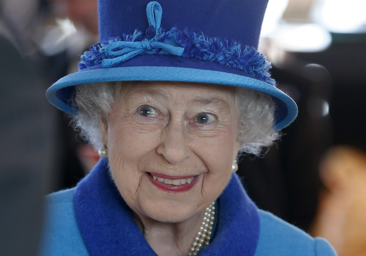 Parliament's Public Accounts Committee said the Royals have blown cash but not repaired the palace