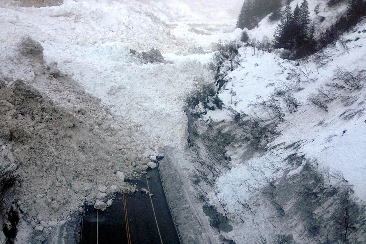 avalanche road