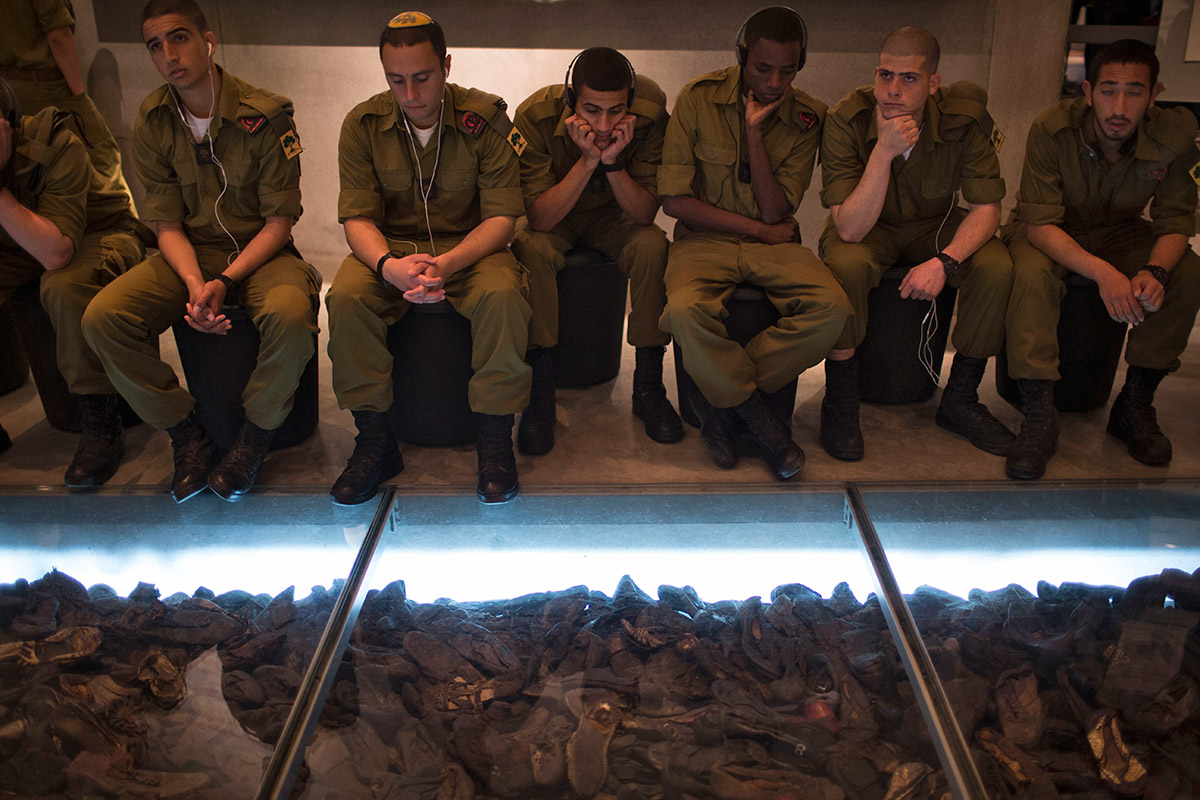 holocaust shoes