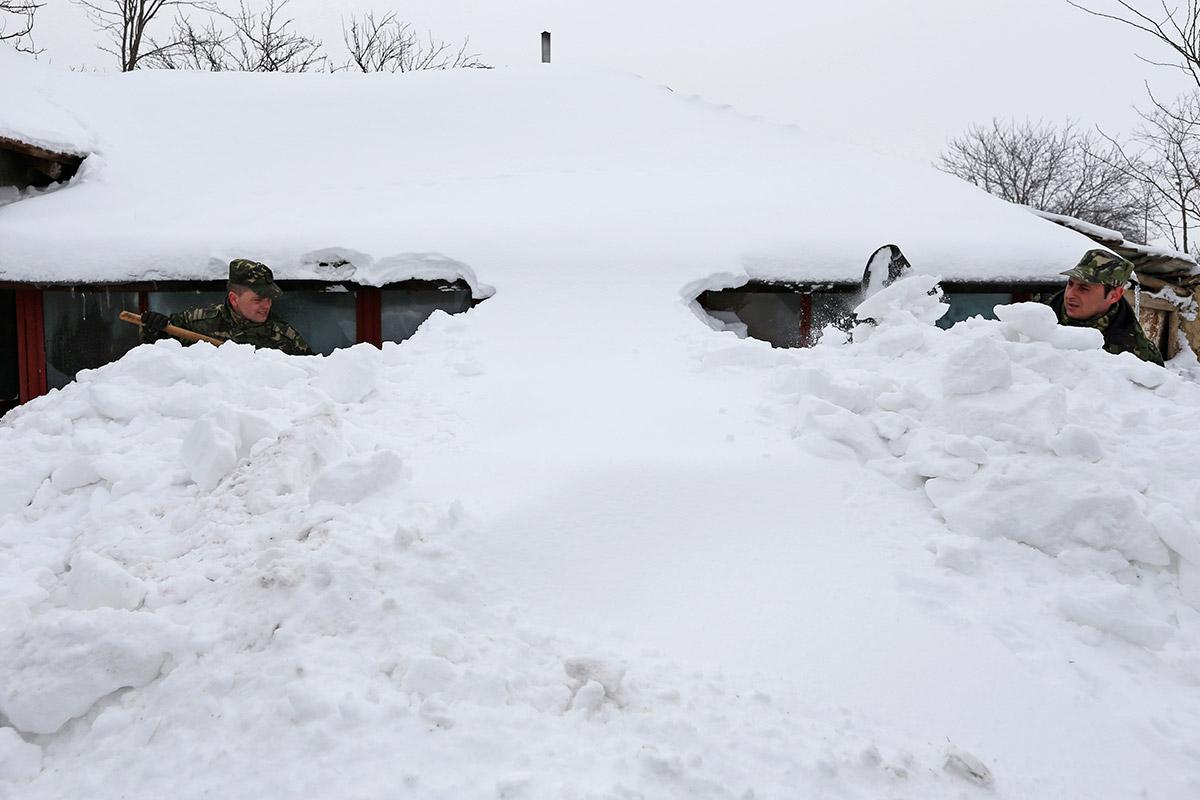 snow romania
