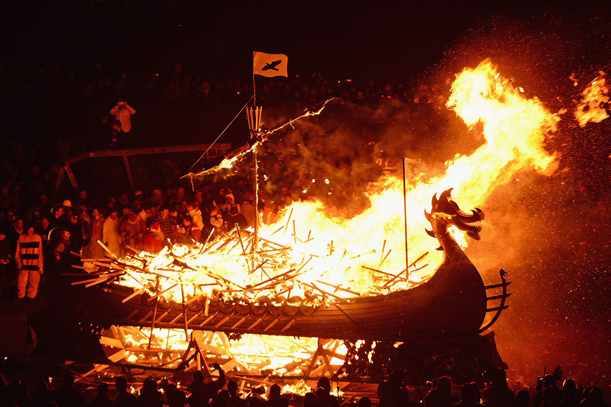 up helly aa long boat burning