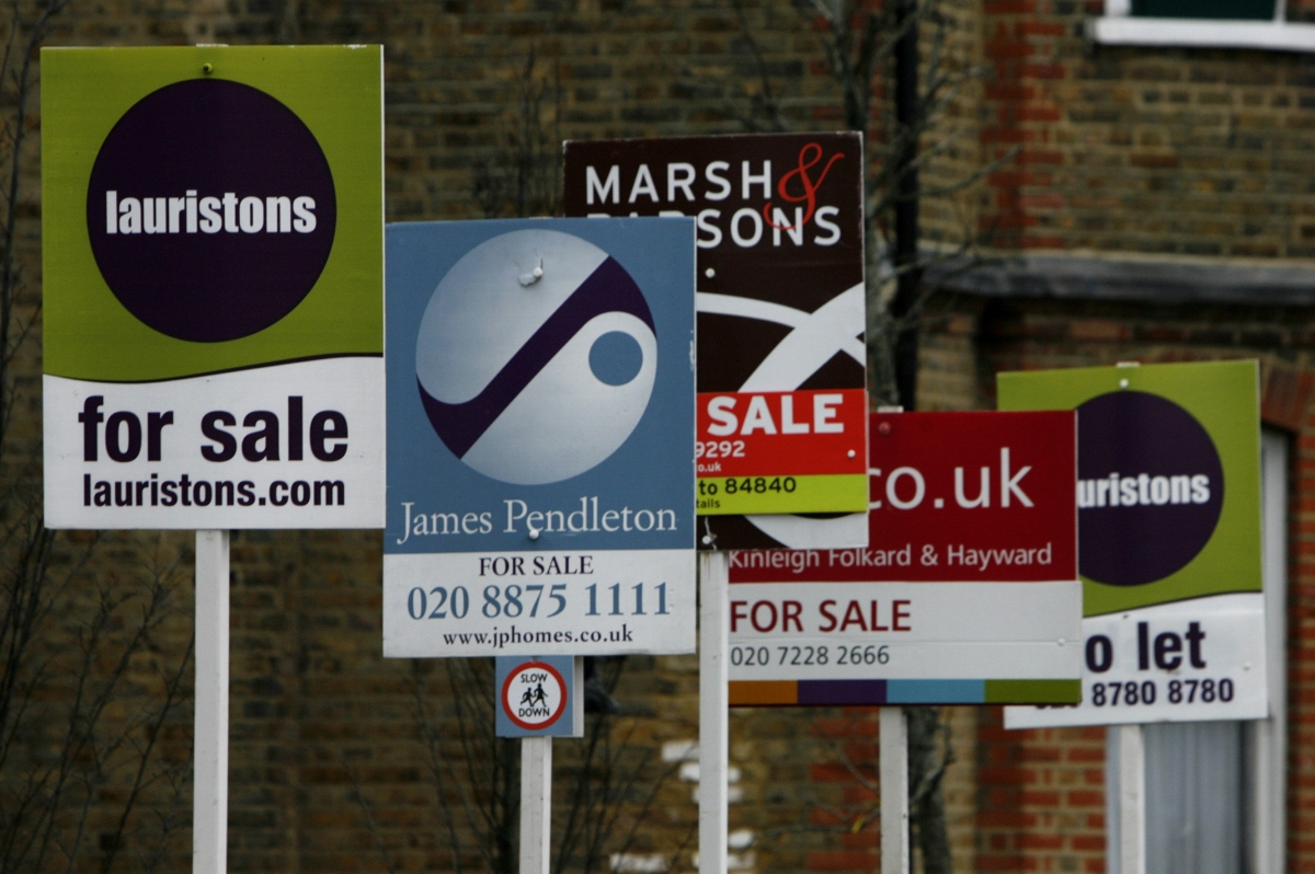 UK Housing Crisis: 'No Sign of Demand Slowing' as More Households Report Plans to Buy New Home