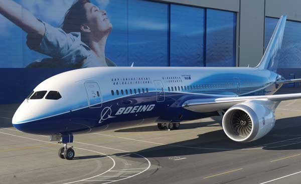 Boeing Awards Workers Bonuses after Sky-High Profits