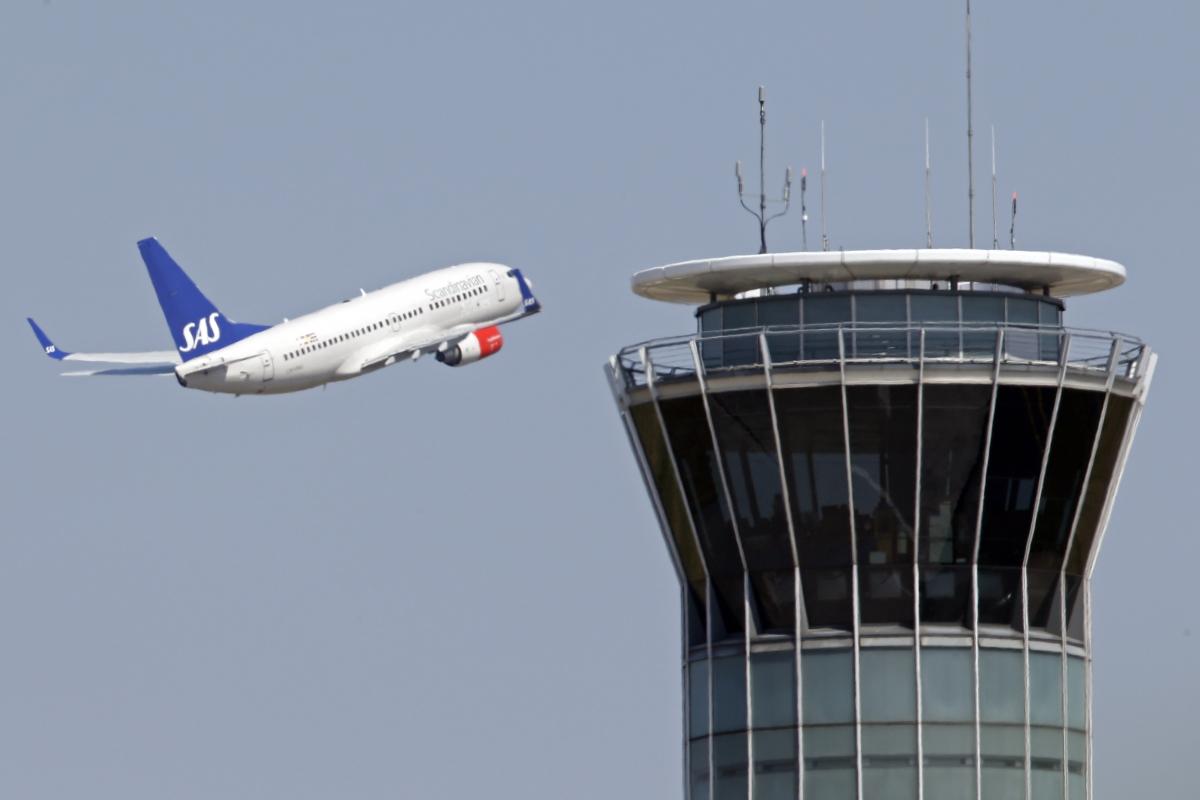 Scandinavian SAS airline passenger plane