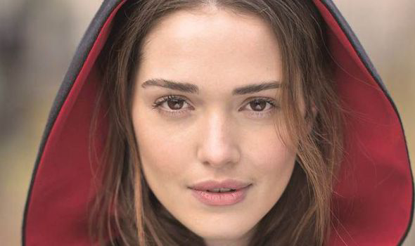 Scottish Widows New Model Amber Martinez Dons the Famous Cloak