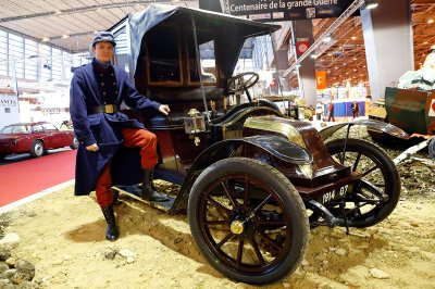 1914 Renault AG1
