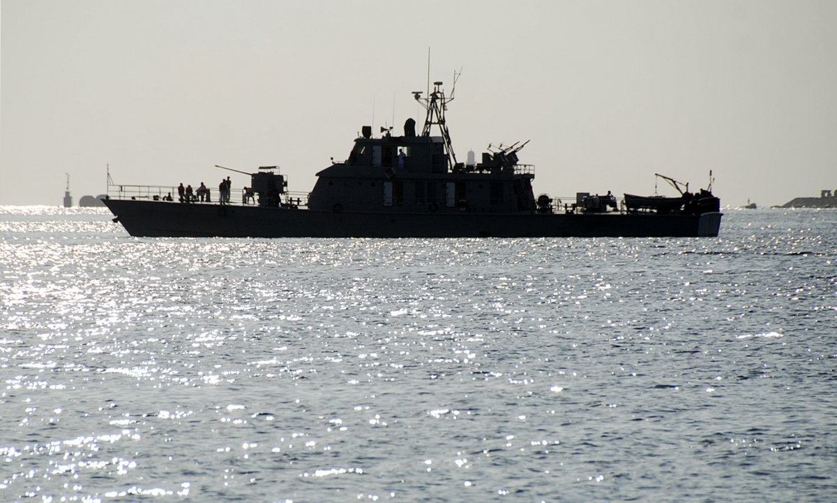 Iran warships and the US