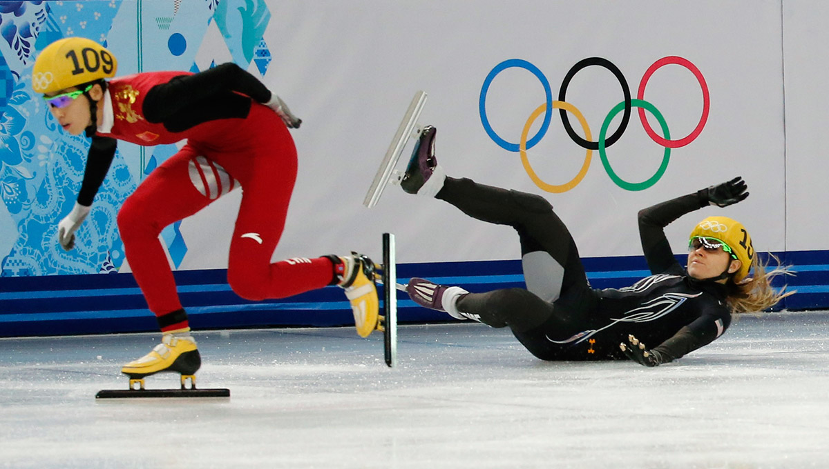 speed skating fall