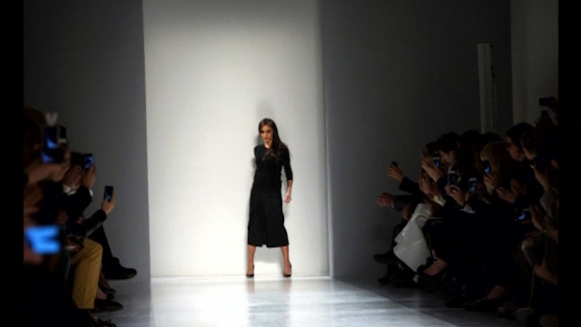Victoria Beckham Unveils Autumn/Winter 2014 Season