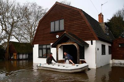 wraysbury boat