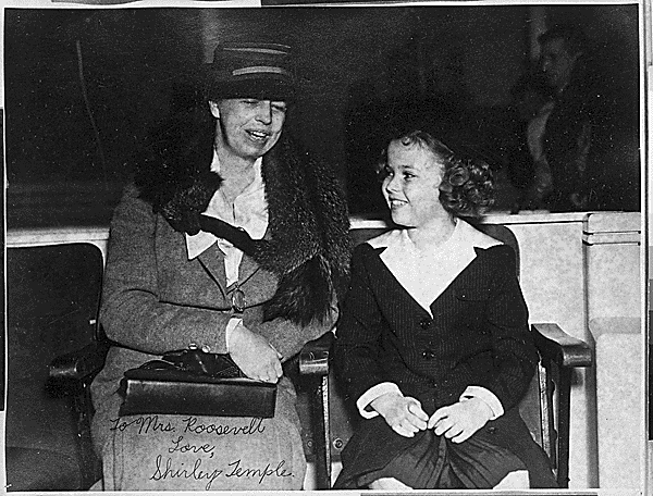 Shirley Temple with Lady Eleanor Roosevelt in 1938