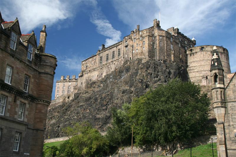 Edinburgh Castle: A gold wedding ring inscribed