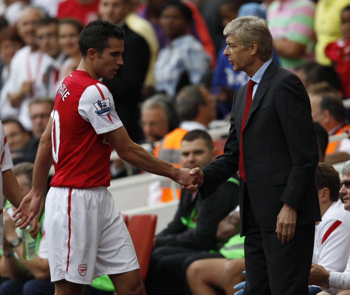 Arsene Wenger and Robin van Persie.