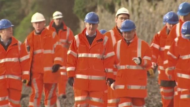 Cameron Visits Dawlish as Flood Blame-Game Escalates