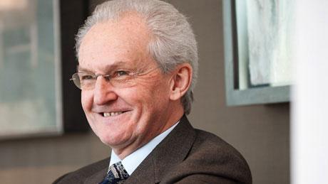 Barclays Bonus Boss Sir John Sunderland Under Scrutiny for Bumper Staff Rewards Green Light