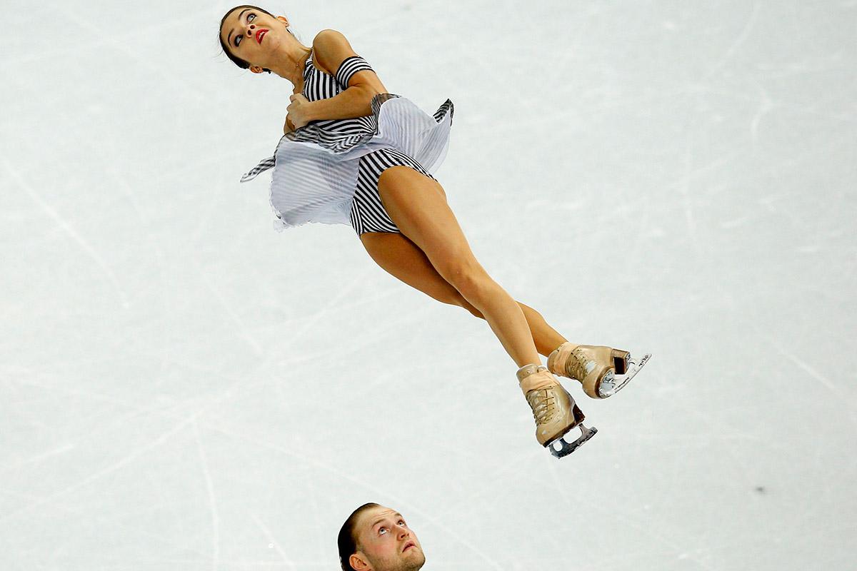 skating throw