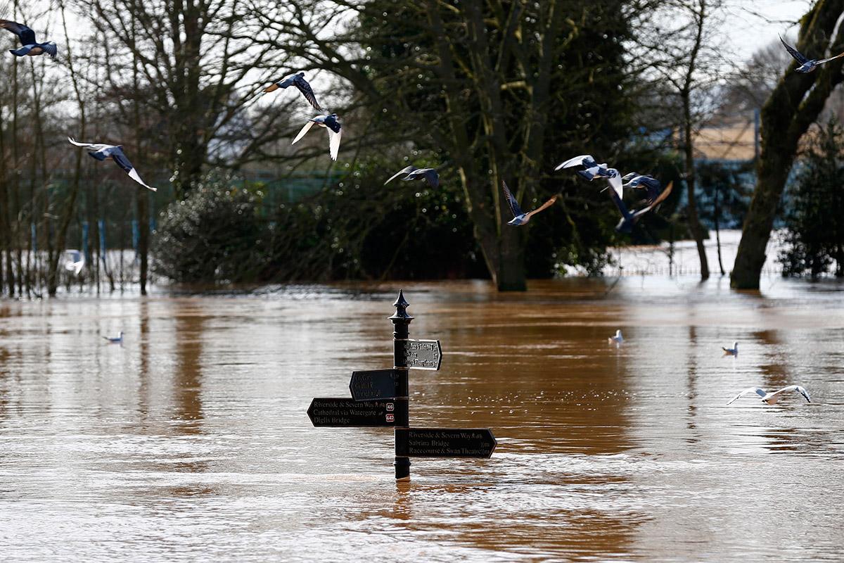 UK Floods Repair Bill Estimate Soars to £1.2bn for Insurers