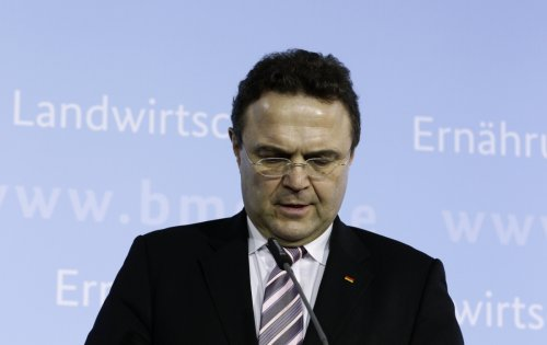 Hans-Peter Friedrich delivers his resignation speech in Berlin.