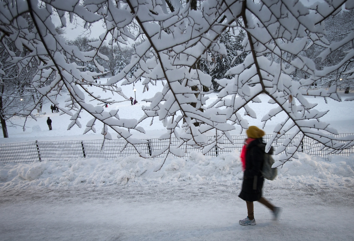 killer us snowstorm  20 dead as new york state braces for