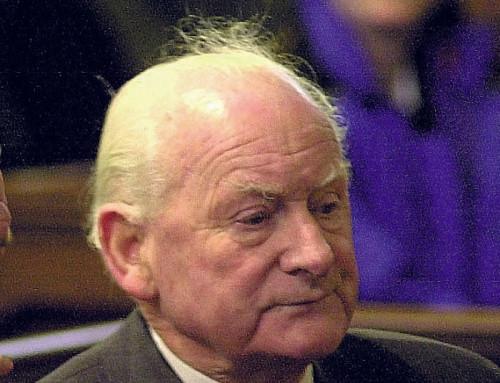 Tim Finney in 2000