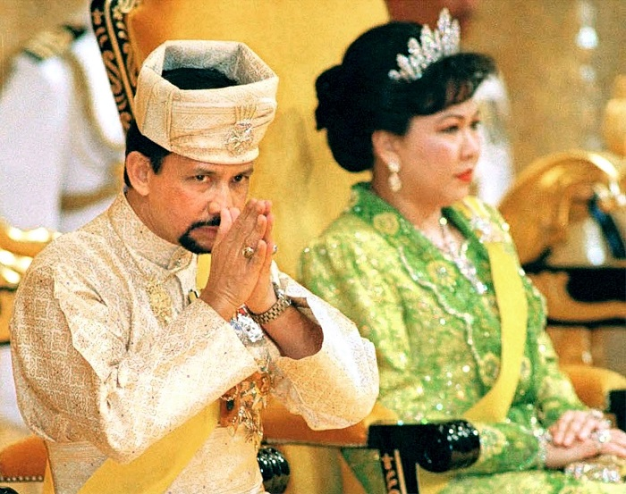 Mariam Azim pictured with Sultan Hassanal Bolkiah of Brunei at his 53rd birthday celebration.
