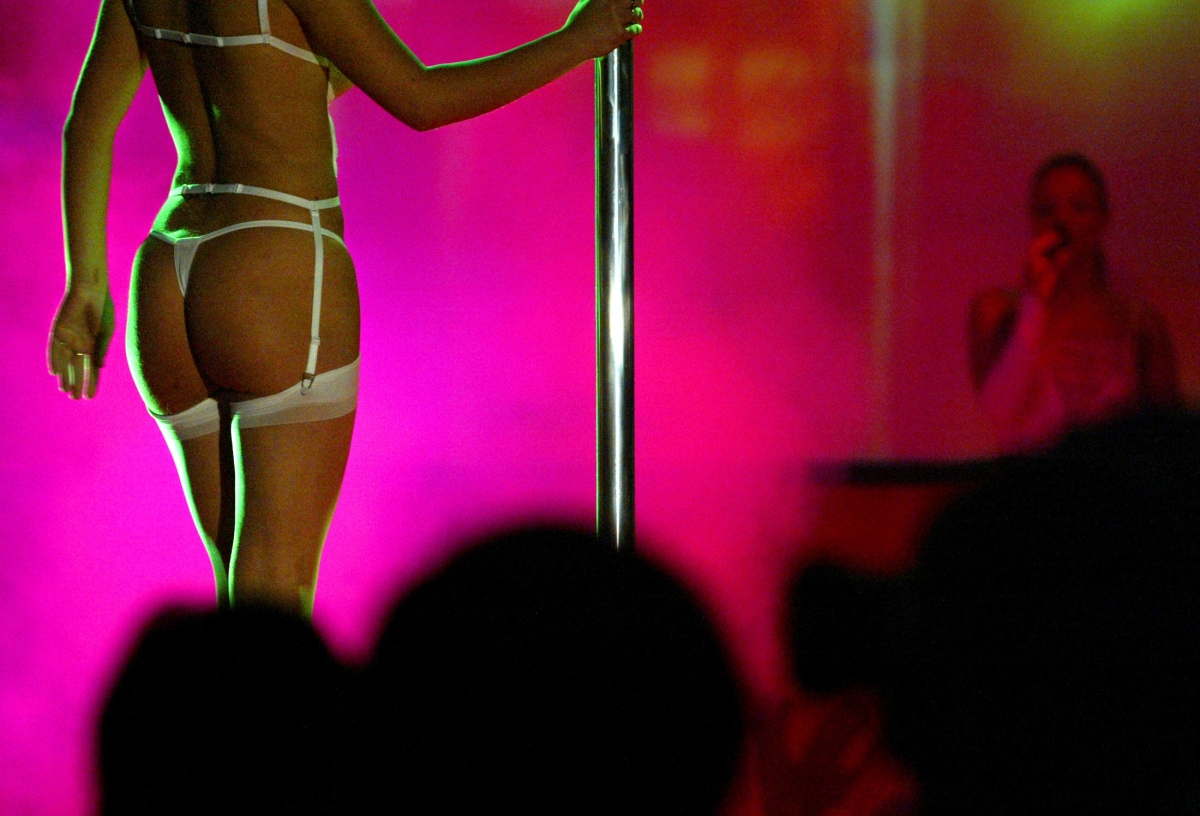 Uk strip clubs with sex