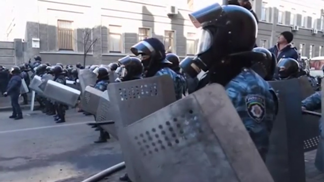 Ukraine Clashes Spark Worst Street Violence in Weeks