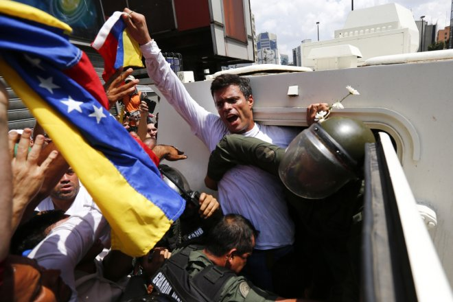 Leopoldo Lopez arrested